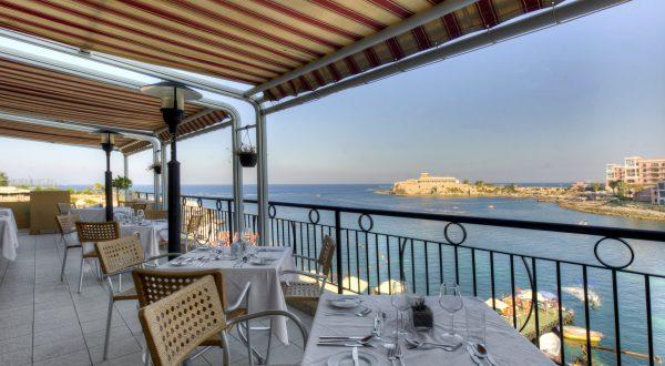 marina-hotel-bayview-terrace