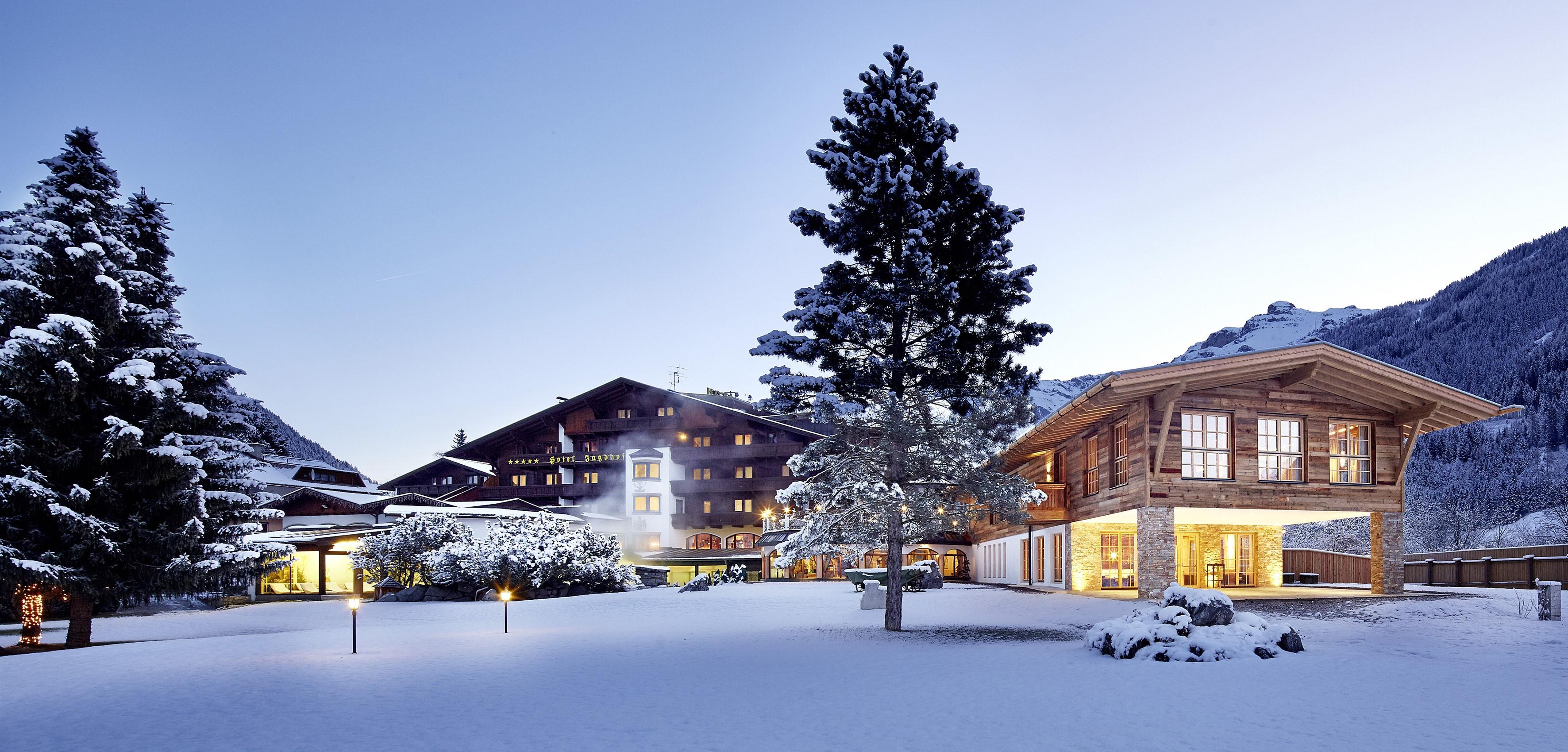 Die Fotos dürfen ausschließlich für PR- und Marketingmaßnahmen des Hotels Jagdhof, Neustift im Stubaital, Österreich, verwendet werden. Jegliche Nutzung Dritter (durch Verkauf oder Weitergabe) ist mit dem Bildautor, Michael Huber | www.huber-fotogra