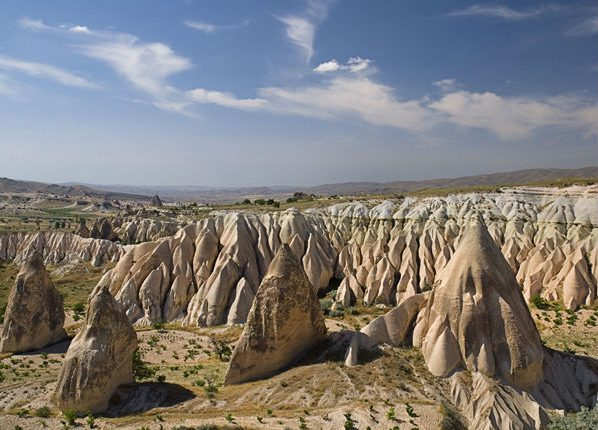 Turkey, Cappadocia, Goreme, View of rose valley