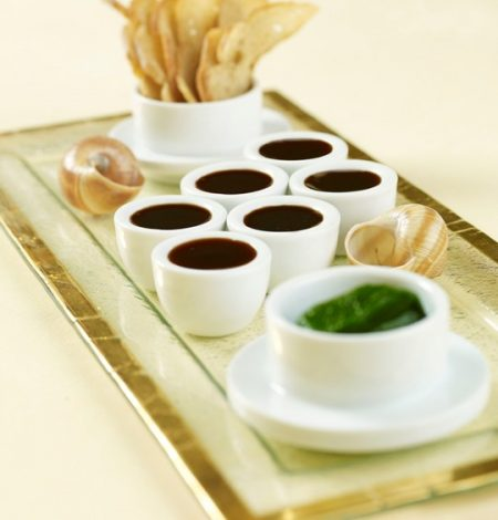 braised-snails-set-in-garlic-cassonade-and-topped-with-red-w