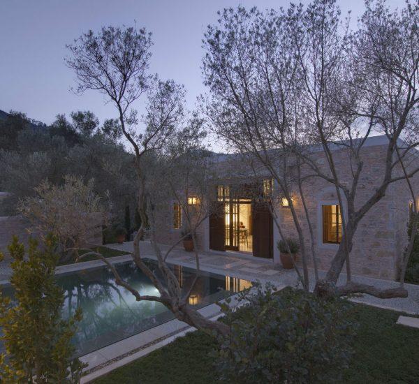 rs1206_amanruya-pool-terrace-cottage-courtyard-lpr