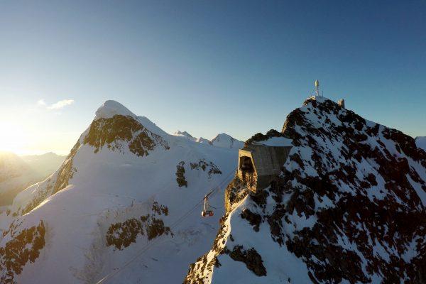 PB Matterhorn glacier paradise_(c)aircam