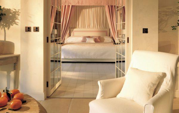 olem_1366x570_room_garden_suite_lorangerie01