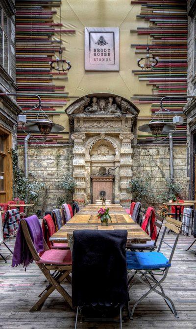 courtyard_2