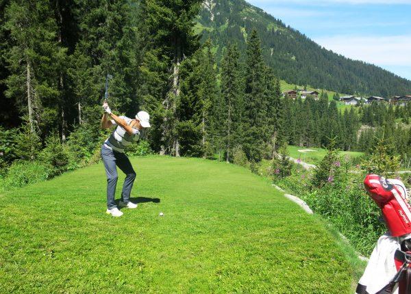 Lech+Golfplatz+mit+Zug