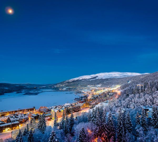 Early morning in December in Åre, Sweden. Moonlight!