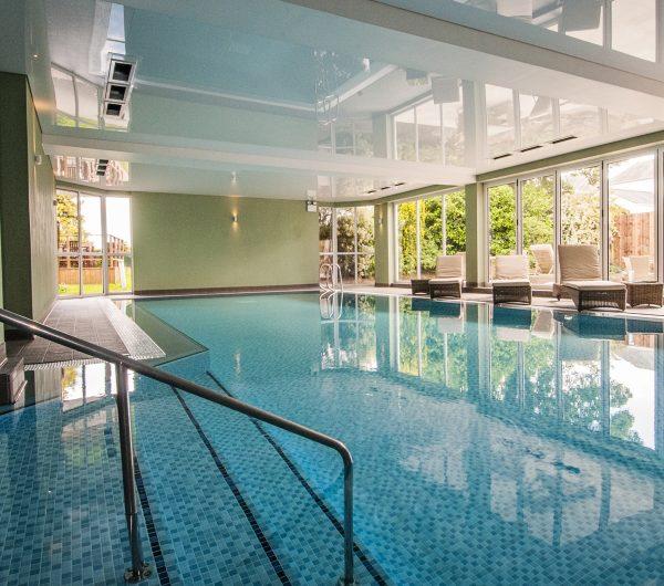 Tewkesbury Park - Swimming Pool