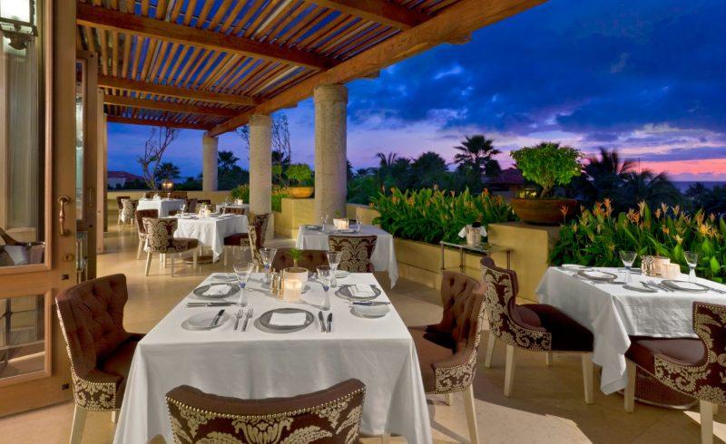 Signature Restaurant Carolina Terrace 1