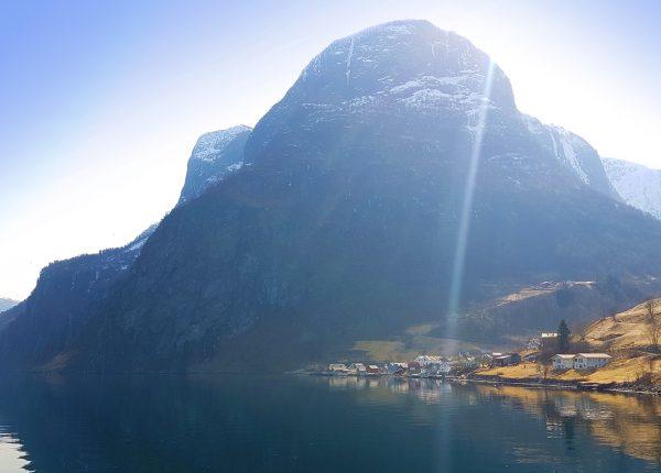 Freeride The Fjords Undredal Elsa Frozen Adam Attew
