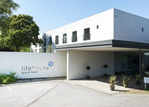 Lifehouse Spa And Hotel Outside