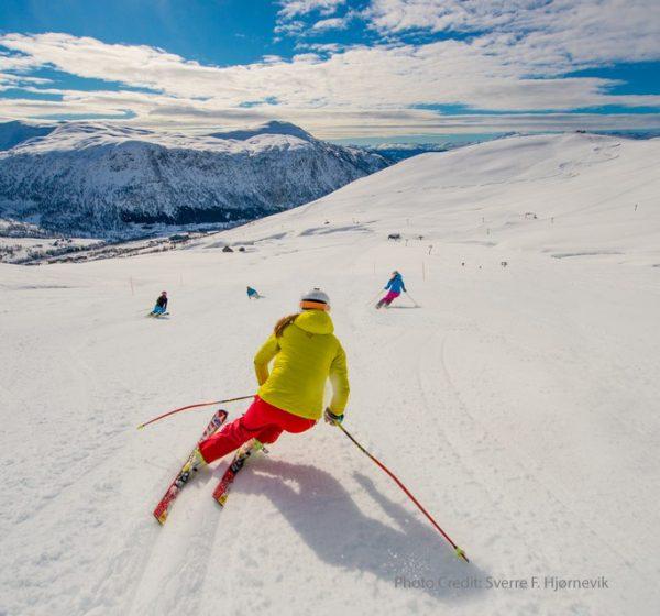 MYRKDALEN Ski SVERREHJORNEVI