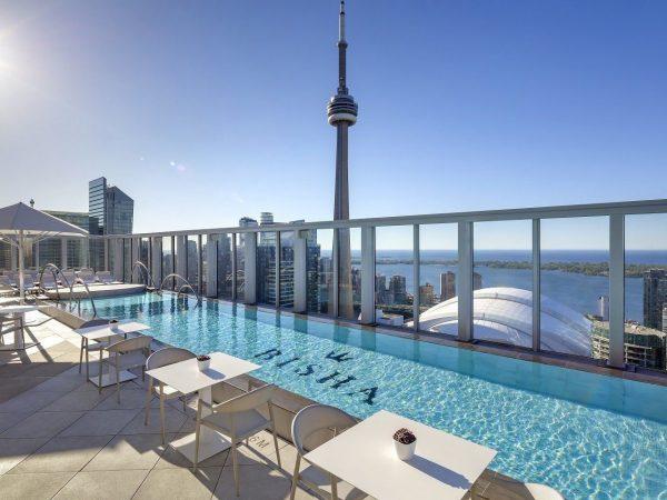 Bisha Hotel Toronto Rooftop Pool