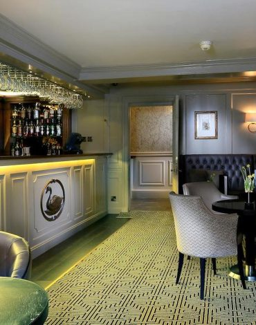 Compleat Angler Hotel Bar