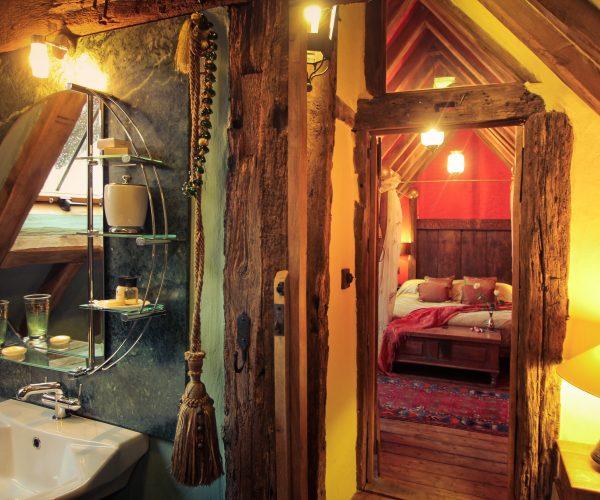 Belle Grove The Gate House Bedroom Across Landing