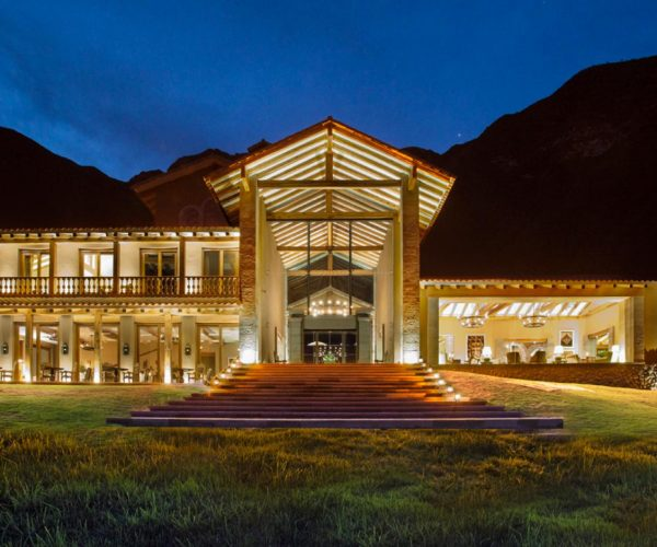 Inkaterra Urubamba Exterior Up Close Night.ngsversion.1488992540728.adapt.470.3