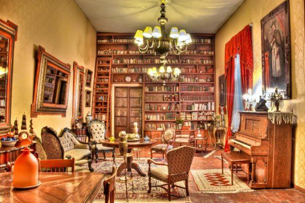 Hacienda El Carmen Sitting Room