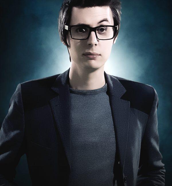 ILL19_Q1_05_Cast_Hero_Chris_Cox