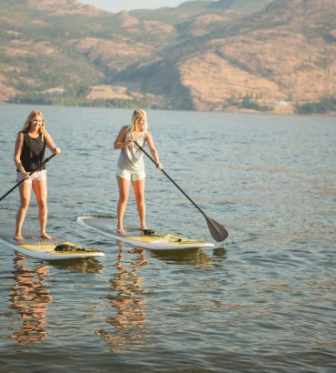 stand-up-paddlebaording-lakesurf-okanagan-standard
