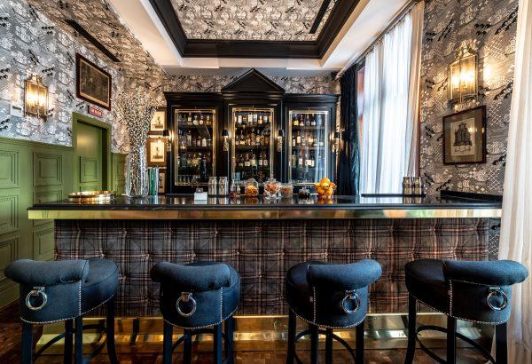 NH Collection Valencia Colón - bar (2)