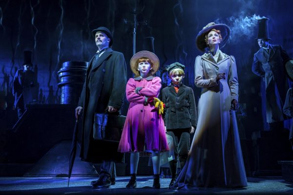 joseph-millson-amy-griffiths-and-company-in-mary-poppins-photograph-johan-persson