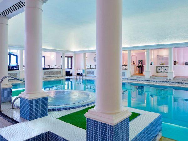 hanbury manor pool