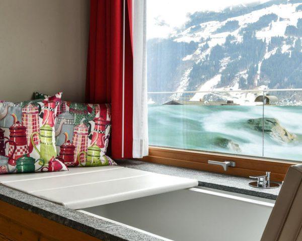Hot tub bedroom DasPosthotel