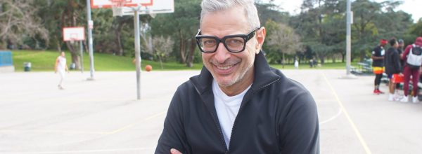 Jeff Goldblum on the basketball court for  National Geographic's THE WORLD ACCORDING TO JEFF GOLDBLUM. (National Geographic/Aisling Browne)