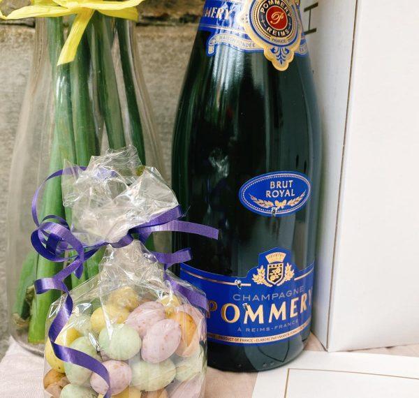 Conrad easter Champagne