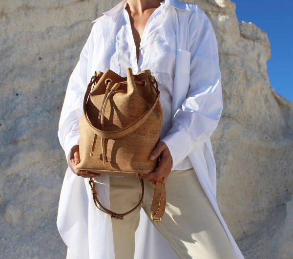 bucket-backpack-natural-model-2