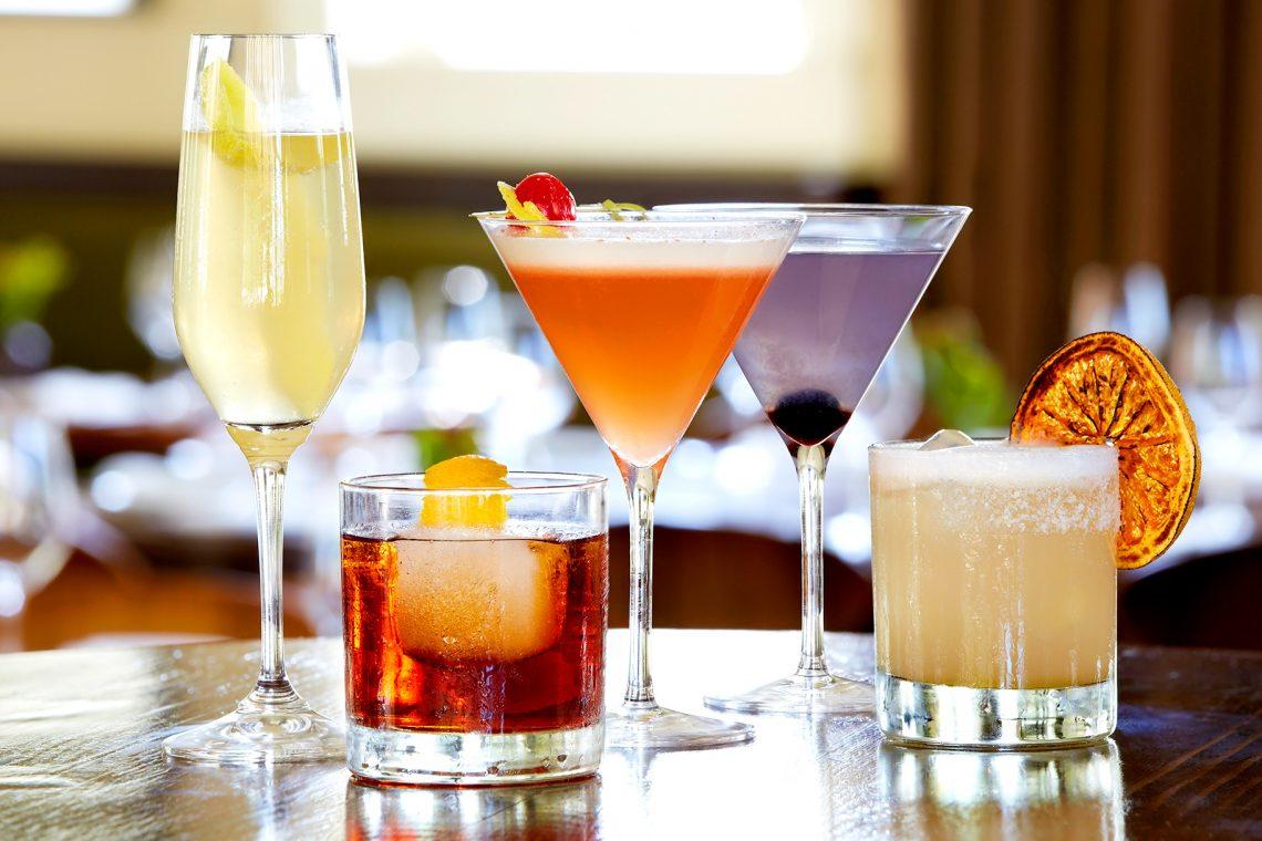 Cocktails O'Clock