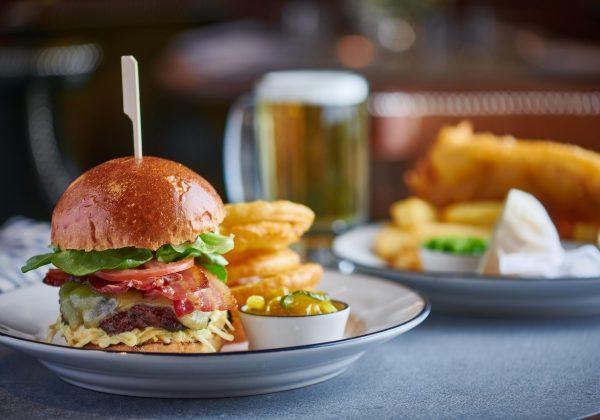 Conrad London St. James - Blue Boar Pub-Blue Boar Burger1092